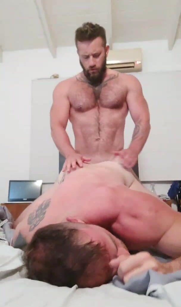 growxtrong gay video (15)